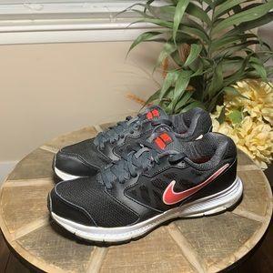 Women's Nike sneakers size 9